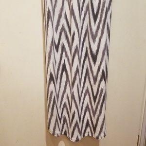 Banana Republic Dresses - Banana Republic Long Chevron Dress XS